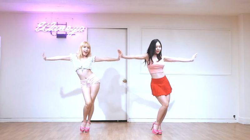 [Waveya]Red Velvet Red Flavor cover dance 高清视频在线下载 Waveya2017 第2张