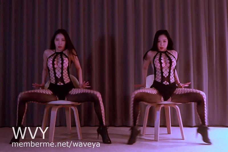 Ari, MiU 💋 Had some drinks 🔥 sexy dance video 아리 미유 바디스타킹 섹시댄스 Waveya会员 第1张